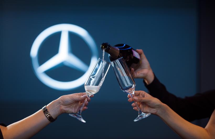 Ресторан в стиле Mercedes-Benz